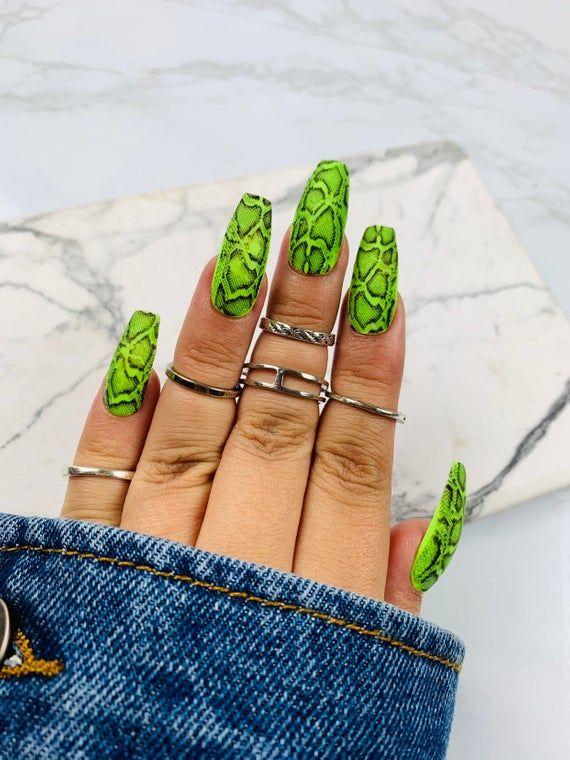 Green Snake Press on Nails | Green Nails | Fake Na