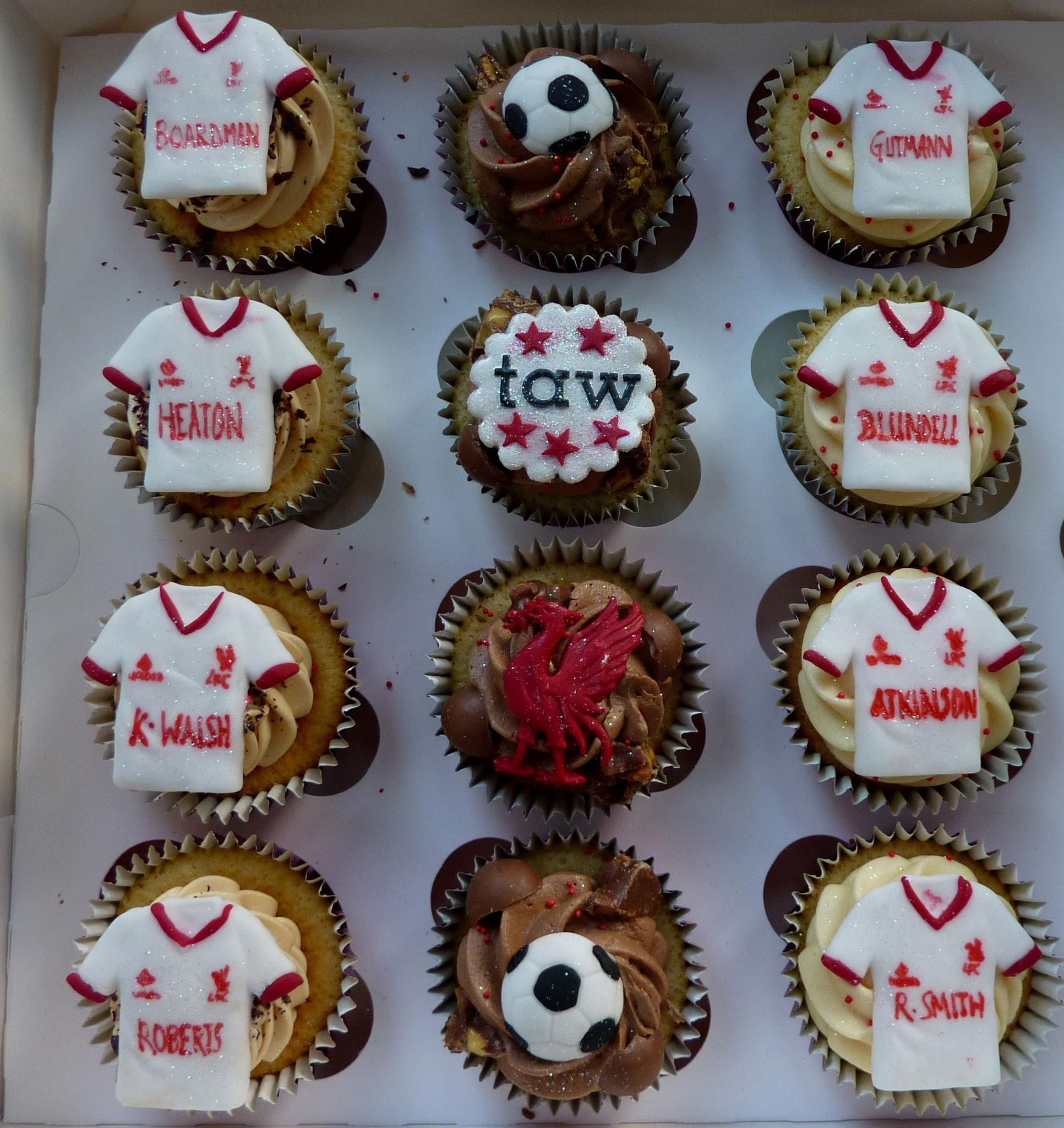 Cupcakes for a Liverpool fan | Birthday cake for husband