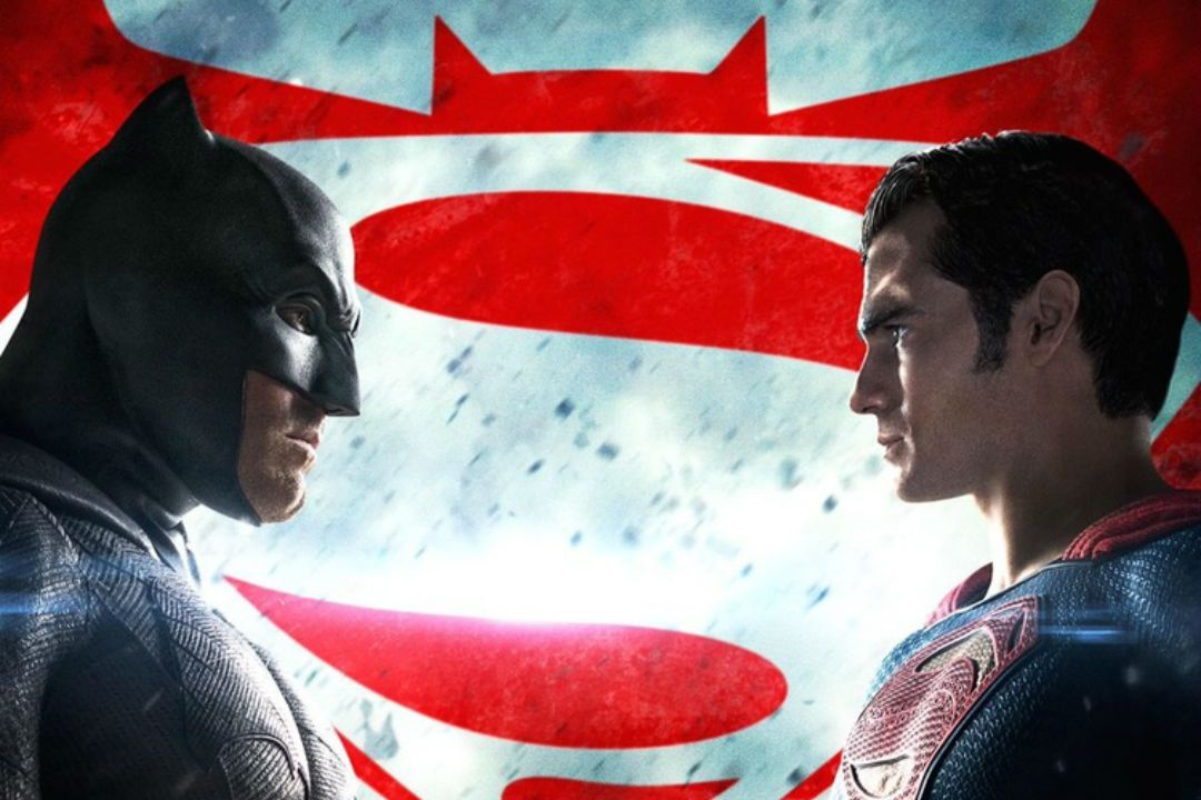 'Batman v Superman' Asks Fans Who Will Win in New Twitter Promo and Poster