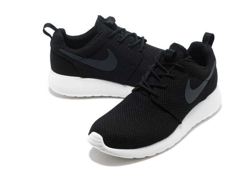 womens nike black & grey roshe run trainers edge