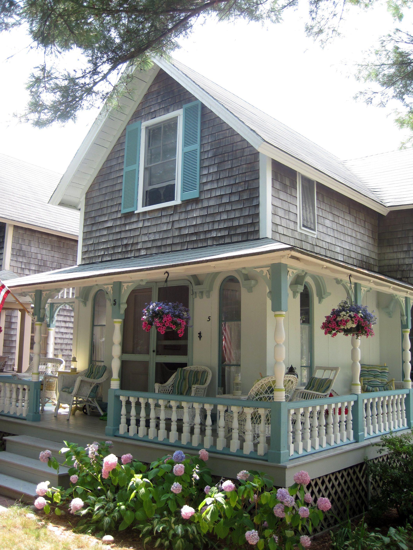 camp houses on martha's vineyard   Cottage exterior ...