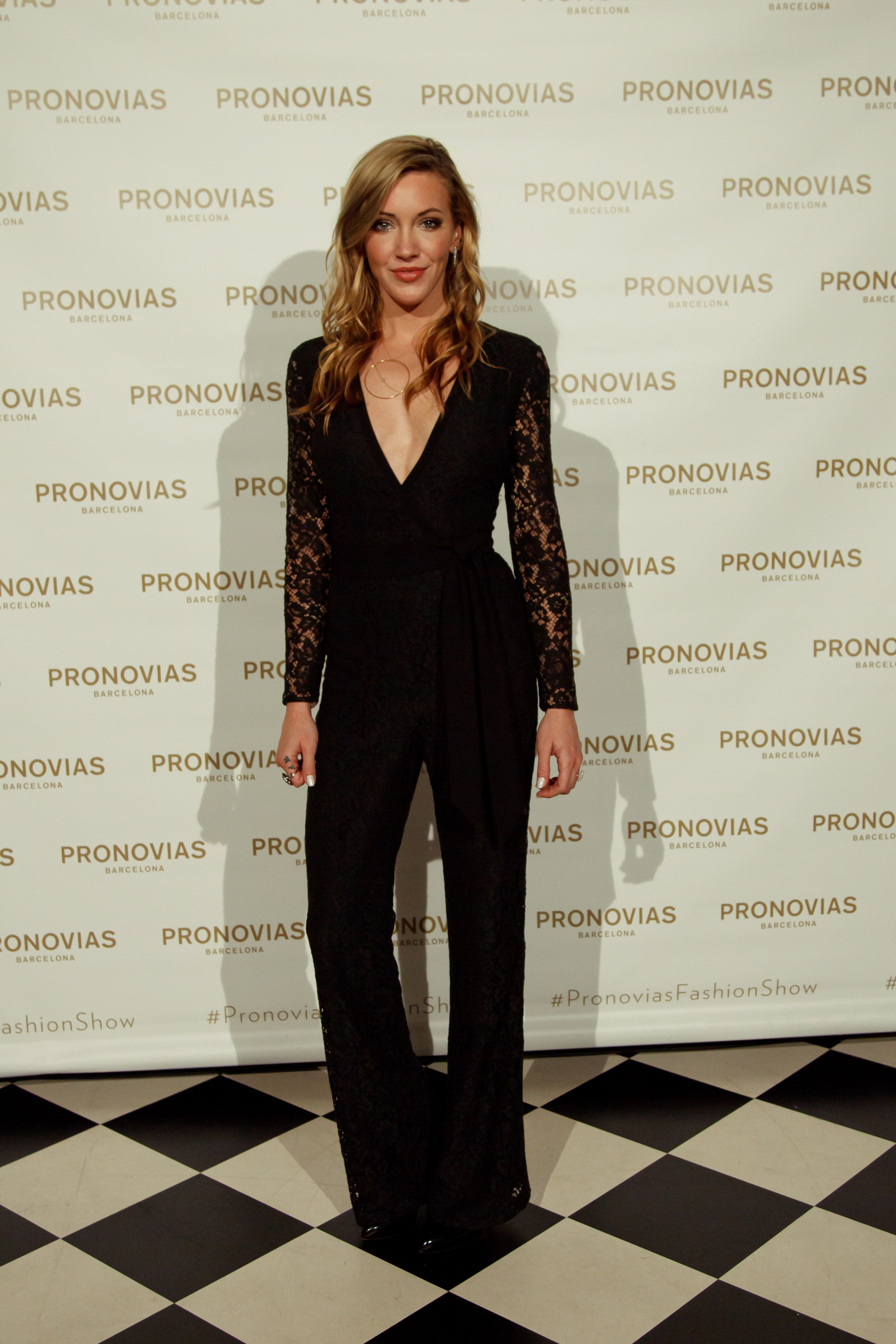 Katie Cassidy in GRACIOLA jumpsuit from PRONOVIAS | NYC SHOW 2018 ...