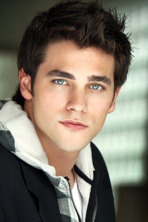 Brant Daugherty Dark Hair Blue Eyes Brown Hair Blue Eyes Black Hair Blue Eyes