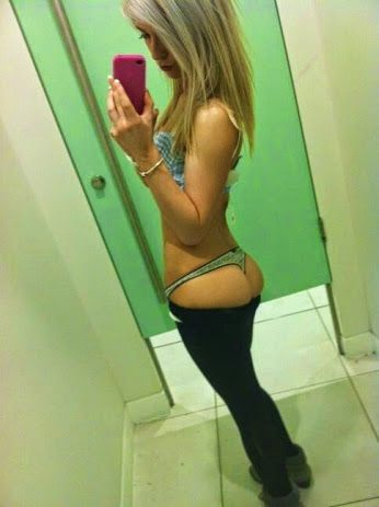 Hot amature teen chaning in mirror