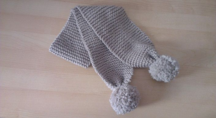 159aefd0a5f Tricot  Echarpe enfant en point mousse