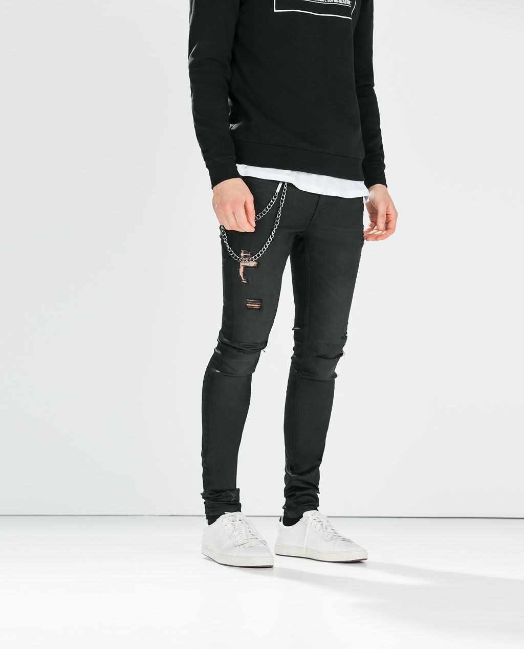 6eb7fd0ad5816 Zara - Jeans With Chain | Men's Fashion | Jeans with chains, Jeans ...
