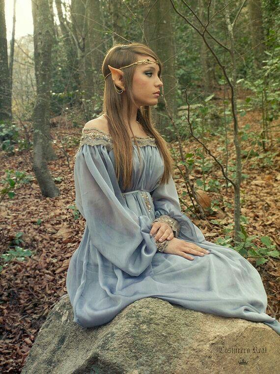 Pin von Eni Vágó auf Druids | Pinterest | Hochzeitskleid und Kostüm