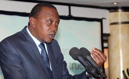 President Uhuru Kenyatta address participants