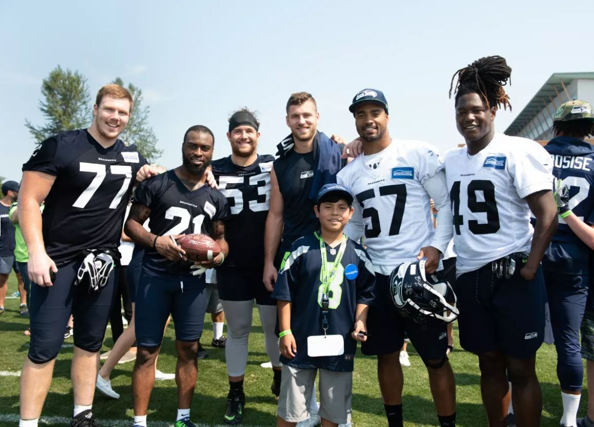 Make-A-Wish kids get the ultimate Seahawks Experience – Q13