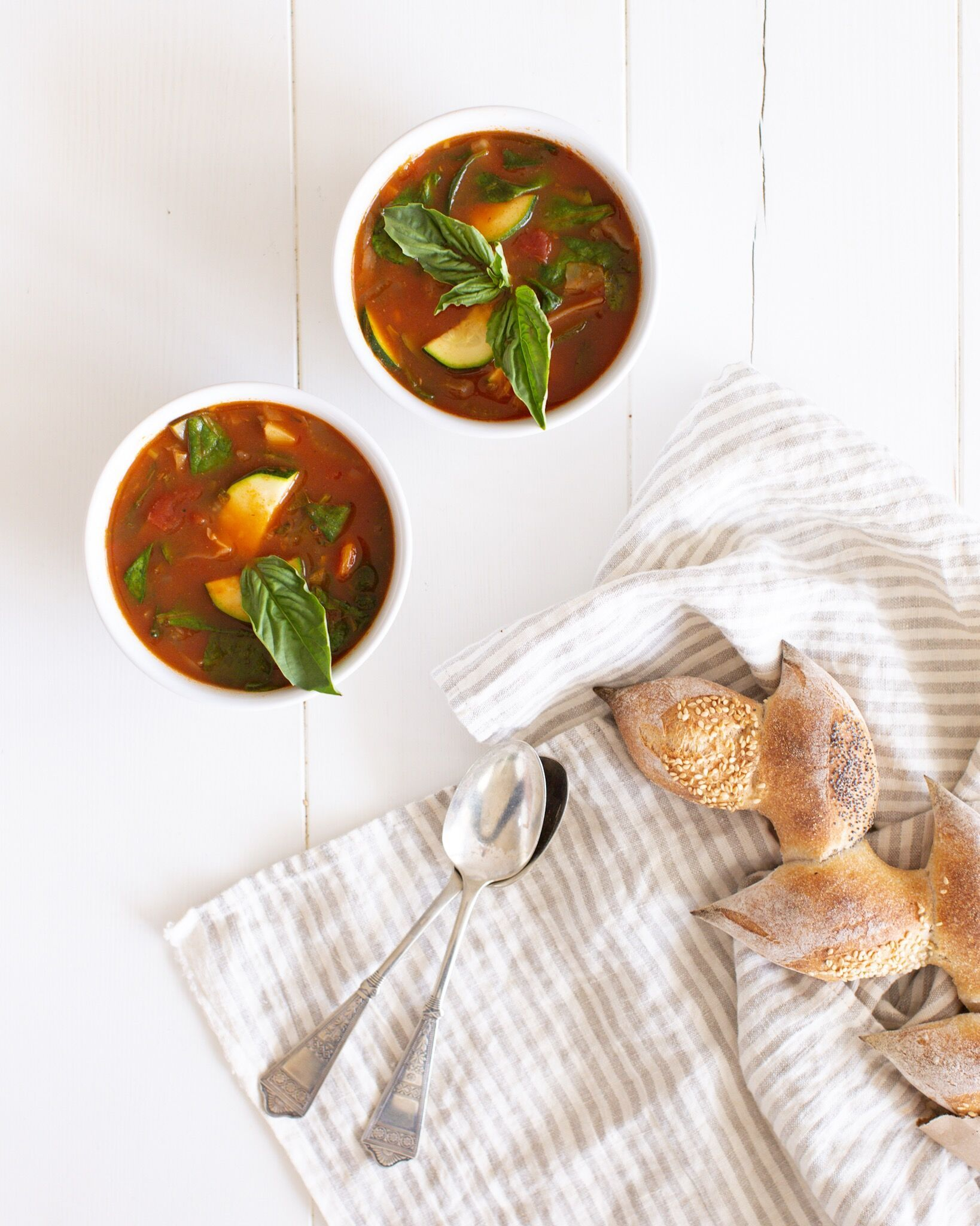 Italian Peasant Soup Hearty Low Calorie And Inexpensive But