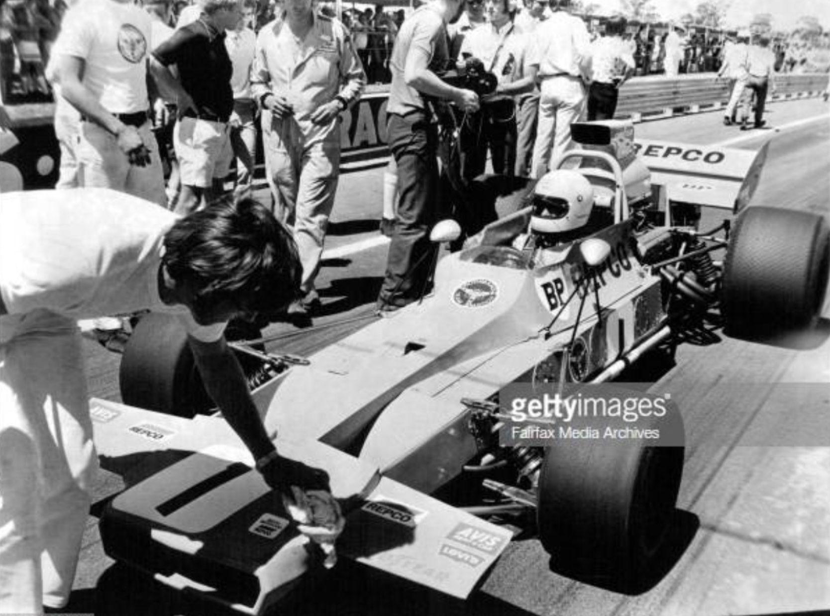 Matich A50 Repco Agp Grid 1971 F Matich Australian Grand Prix Grand Prix Motorsport [ 1238 x 1668 Pixel ]