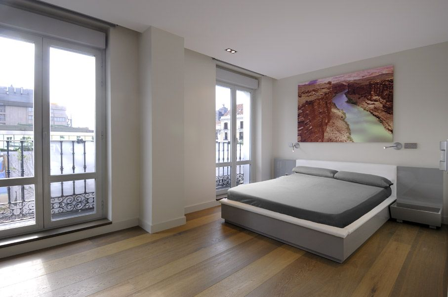 Super Modern Apartment Design By A Cero: Big Single Bed In Grey Accent And Idea