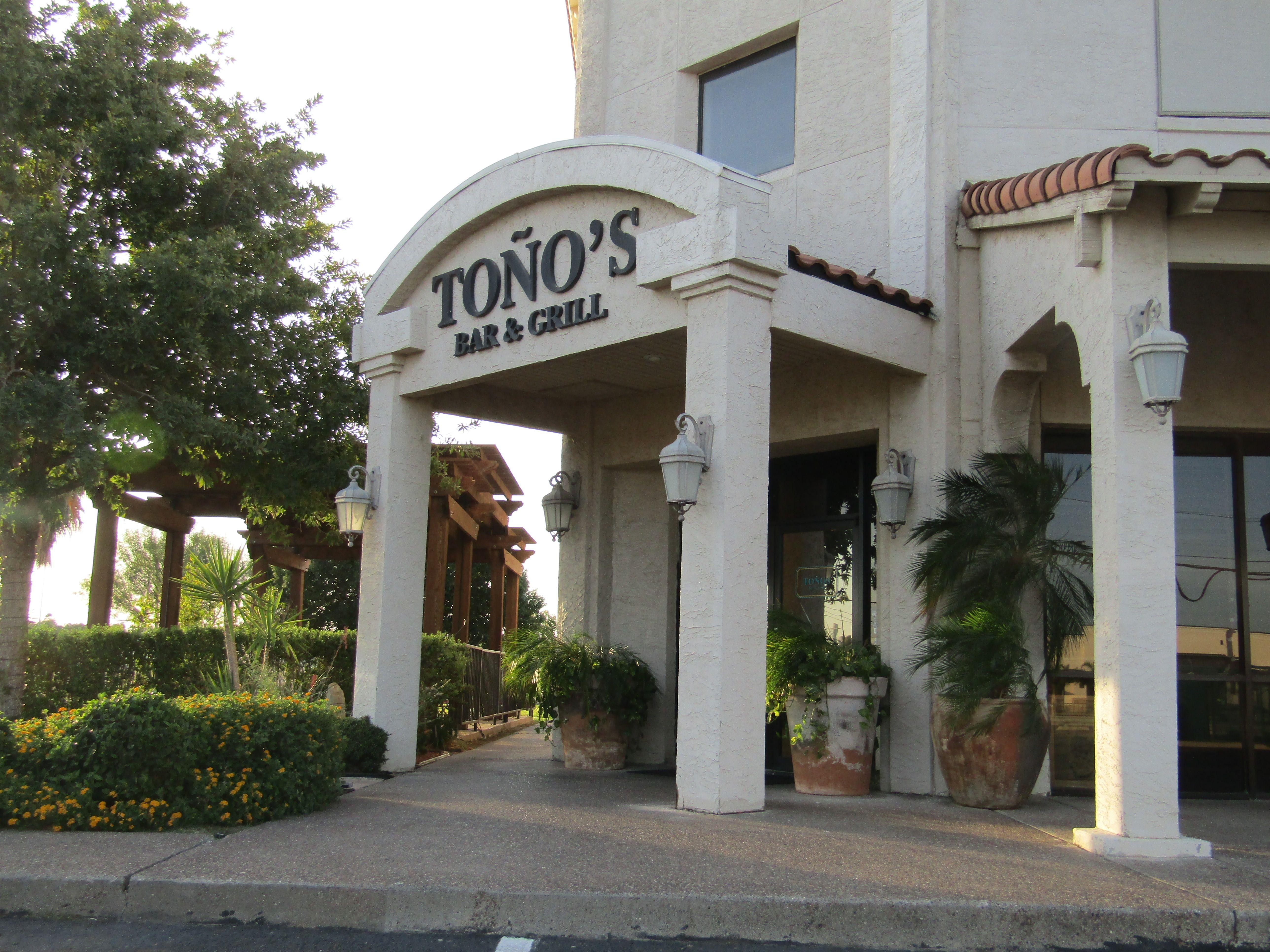 Tono S Bar And Grill 1202 E Del Mar Blvd Laredo Texas Laredo Tx South Texas Travel