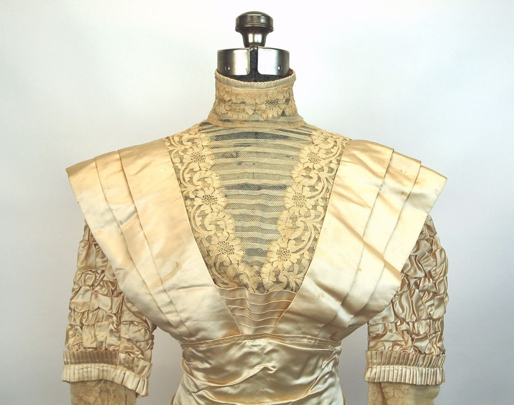 Edwardian wedding gown ivory silk and lace wpleats and ruching