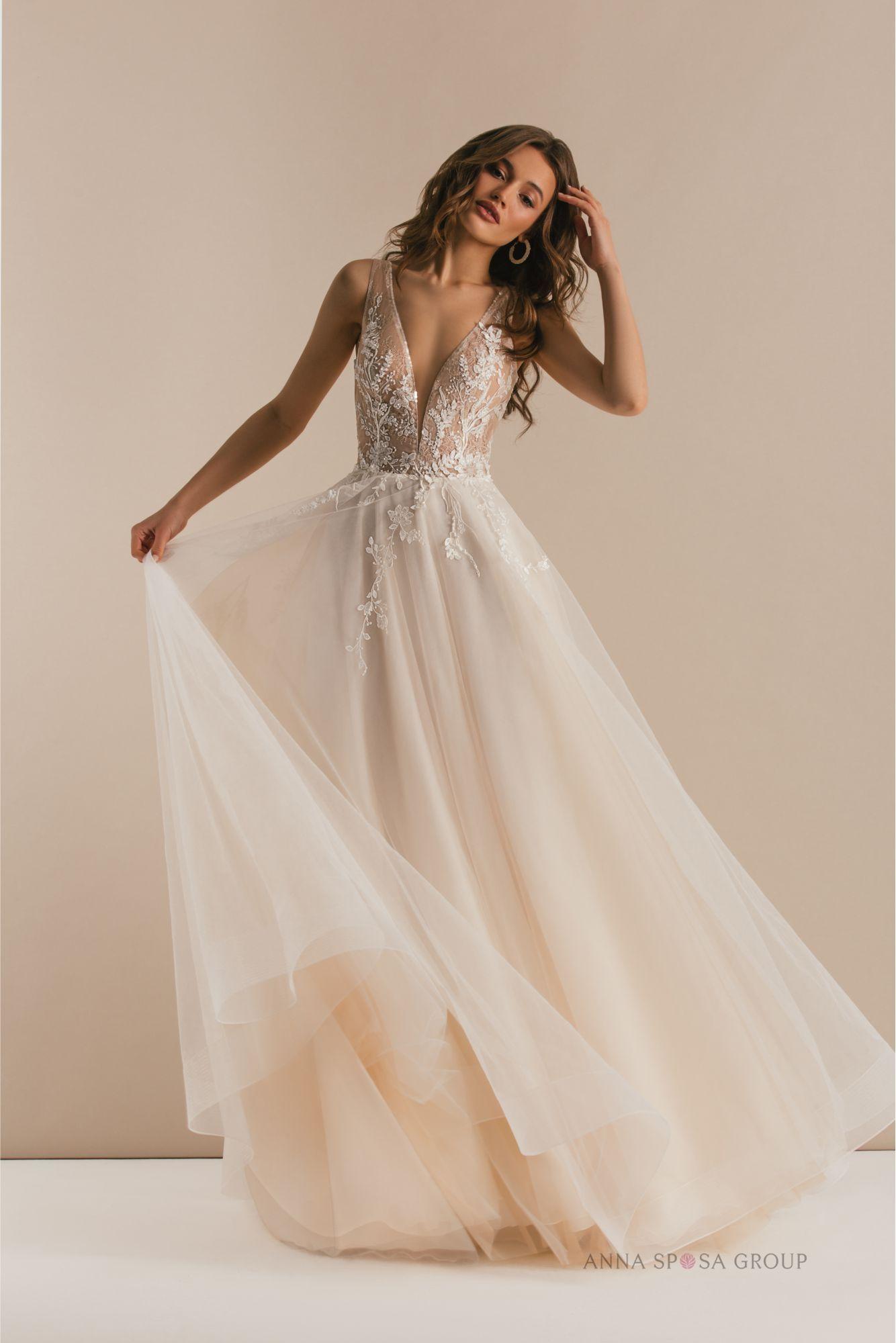 Jaila Wedding Dress Magic Balance Collection Buy Wedding Dress Wedding Dresses Rustic Wedding Dresses [ 2000 x 1334 Pixel ]