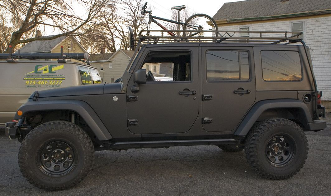 Black jeep rubicon it seems like paint would be