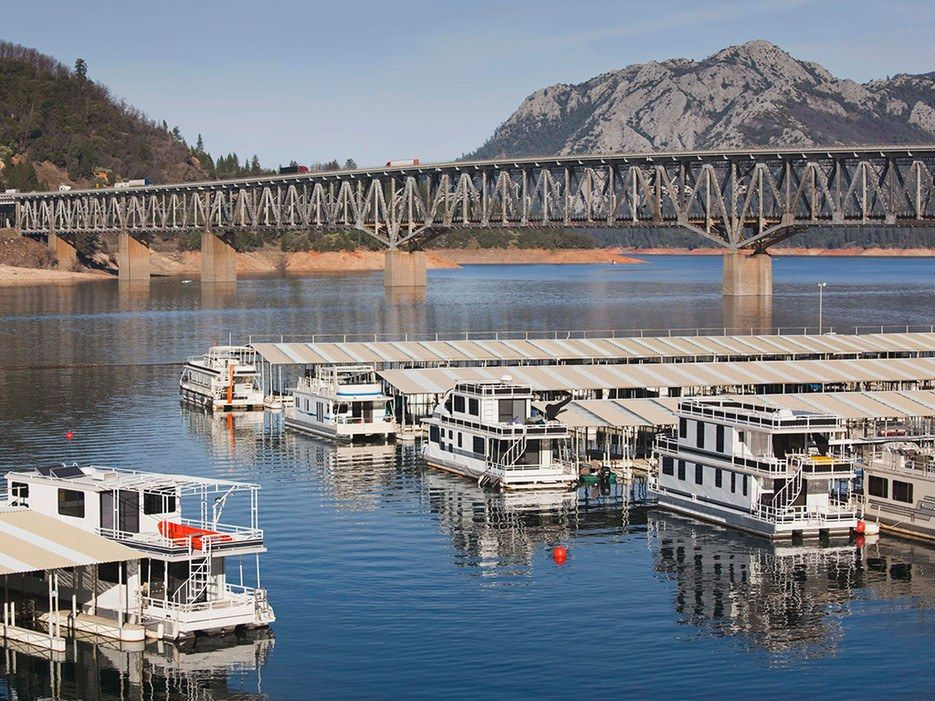 8 awesome houseboat rentals across the us shasta lake