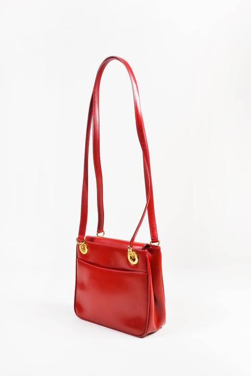0c61e3bdfd92 Vintage Gucci Red Box Calf Leather Gold Tone Metal Dual Strap Shoulder Bag  For Sale at 1stdibs