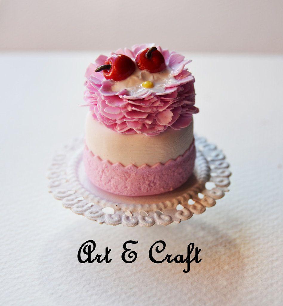 miny cake su alzatina in fimo, by Art & Craft, 3,00 € su misshobby.com