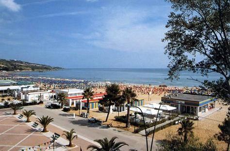 Beach Vasto Marina Italy Dream Vacations Travel Photos Best