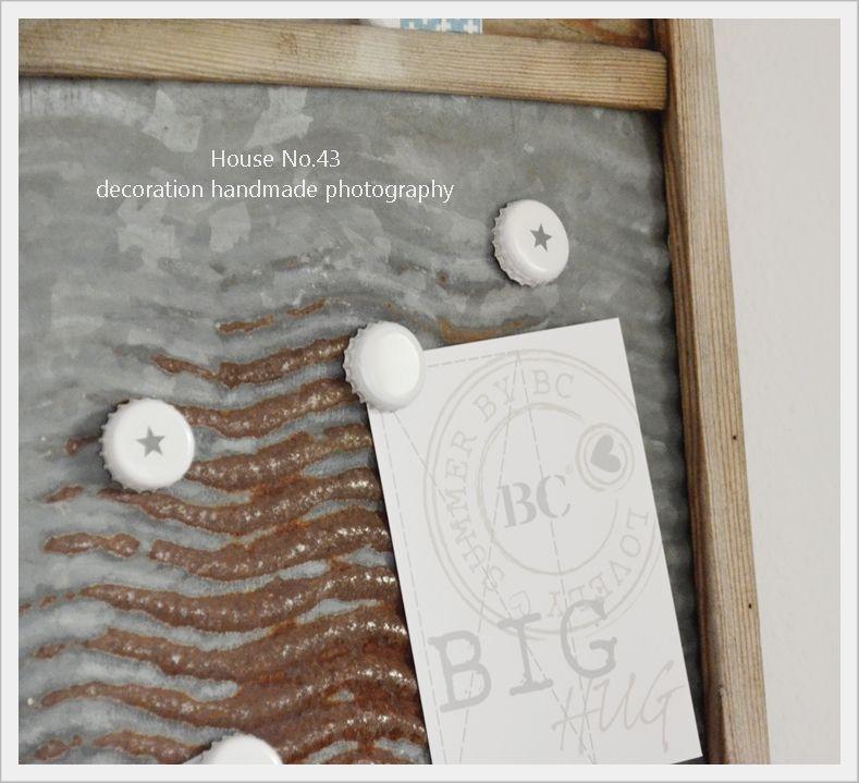 Heute zeige ich Euch mal wieder ein DIY !     Als ich die Idee mit dem Kronkorken auf dem Blog Kleine- Paulinas gesehen habe, wusste ich ...