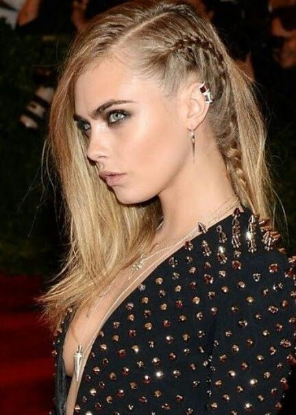 Side Braid With Hair Out In Curls To One Side Hair Styles Weekend Hair Cara Delevingne Hair
