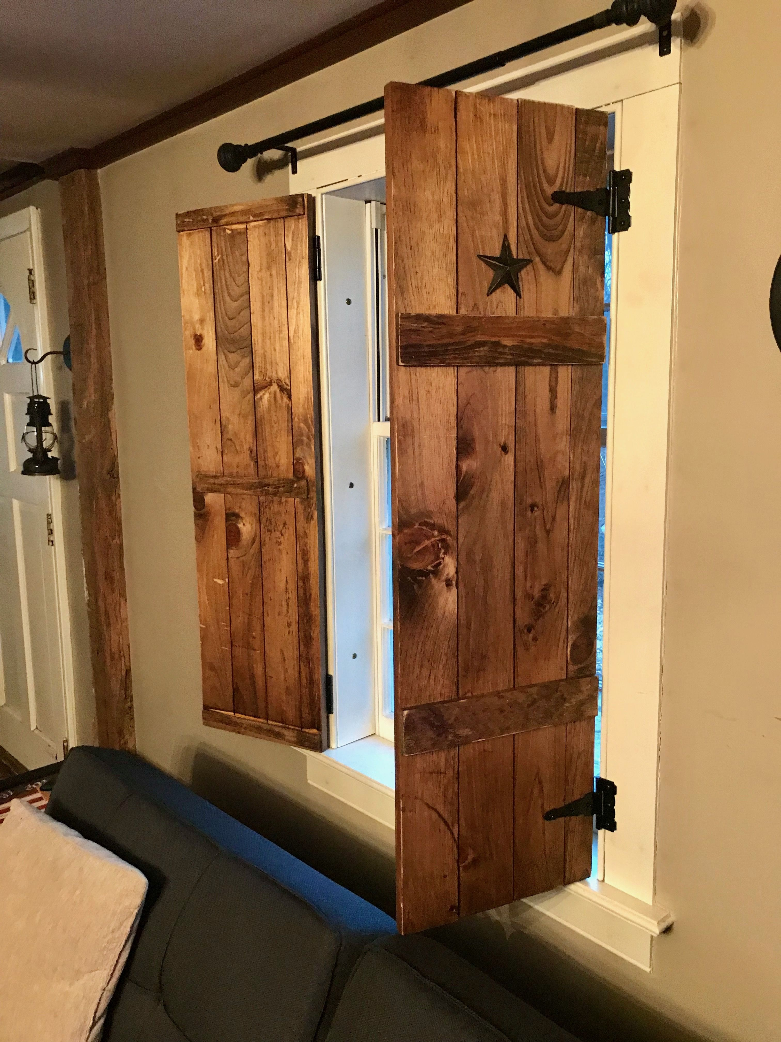 Diy farmhouse shutters with colonial tin stars obloane