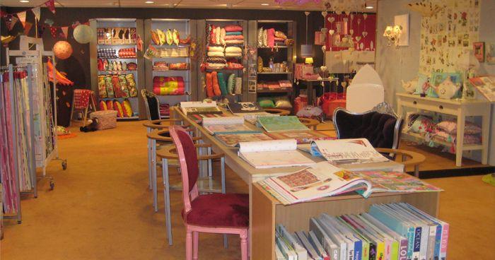 Op onze bovenverdieping in de winkel in Maassluis hebben wij een prachtige kinderafdeling, waar je enorm veel inspiratie op kan doen!