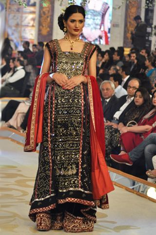f519a0d81 Bina Sultan Collection at Pantene Bridal Couture Week 2013 Day 2 ...