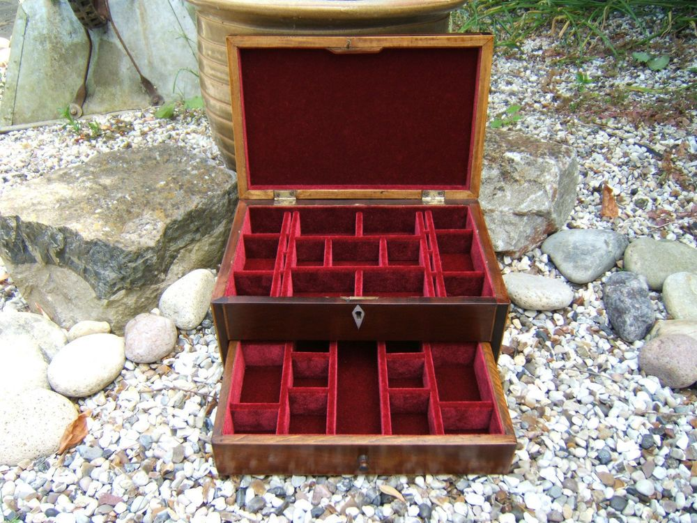 SUPERB GEORGIAN MAHOGANY INLAID JEWELLERY VANITY BOX- FAB INTERIOR in Antiques, Woodenware, Boxes | eBay really like the pull out drawer