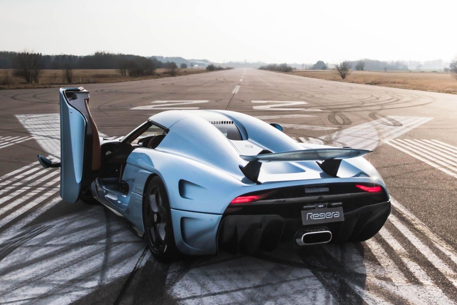 2016 Koenigsegg Regera Rear Angle View