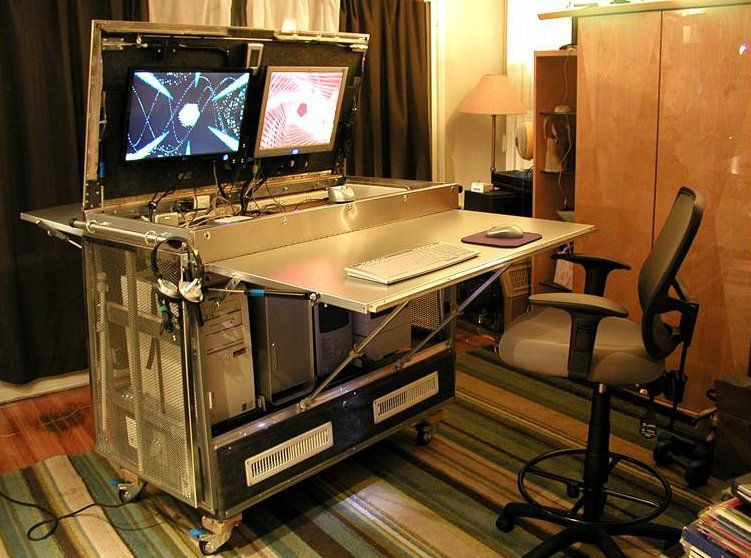 Diy Un Bureau Informatique Mobile Realise A Partir De Pieces Ikea Bureau Informatique Bureau Informatique