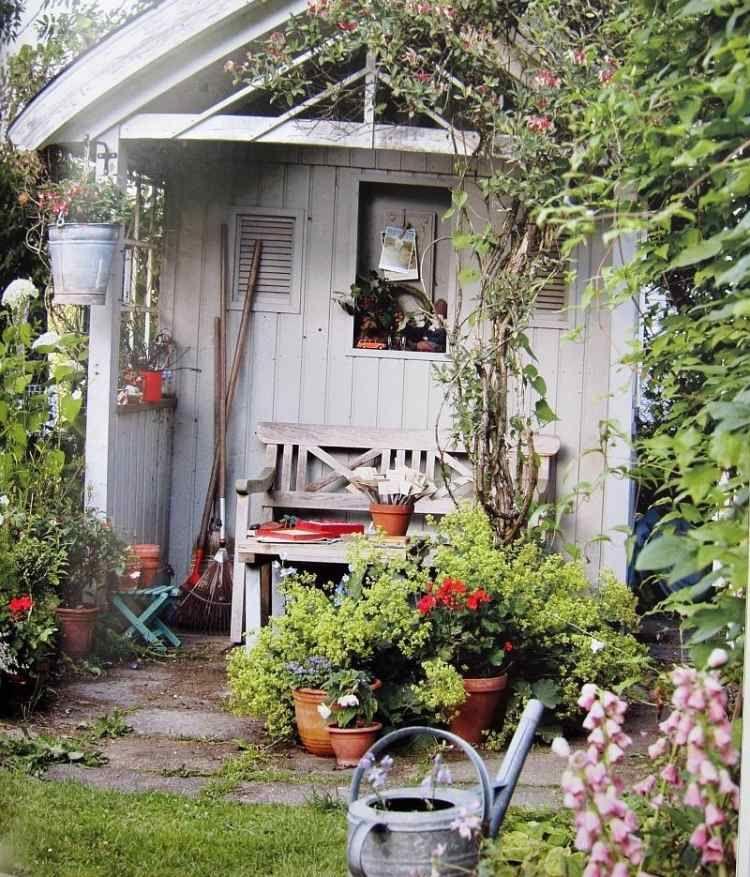 Gartenhäuschen isolieren Fassade, Boden & Dach dämmen