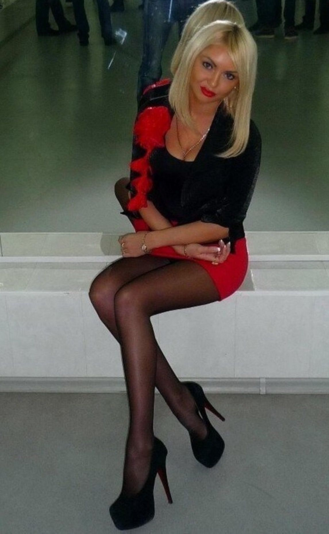 Black slut wearing pantyhose