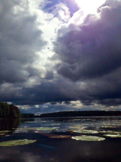 Hämmentäjä: Suomen kesä. Järvi. Finnish summer. Lake.