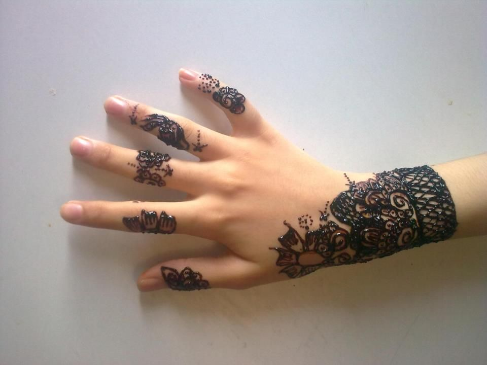 Mehndi Party List : Beautifull simple and easy mehndi designs for party dresses