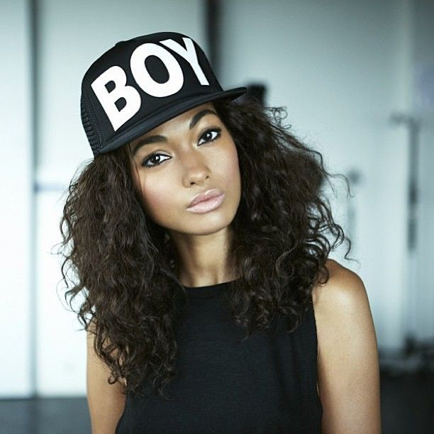 3 Tips On Wearing Hats As A Natural Hair Accessory Craving Yellow Hat Hairstyles Curly Hair Styles Natural Hair Styles