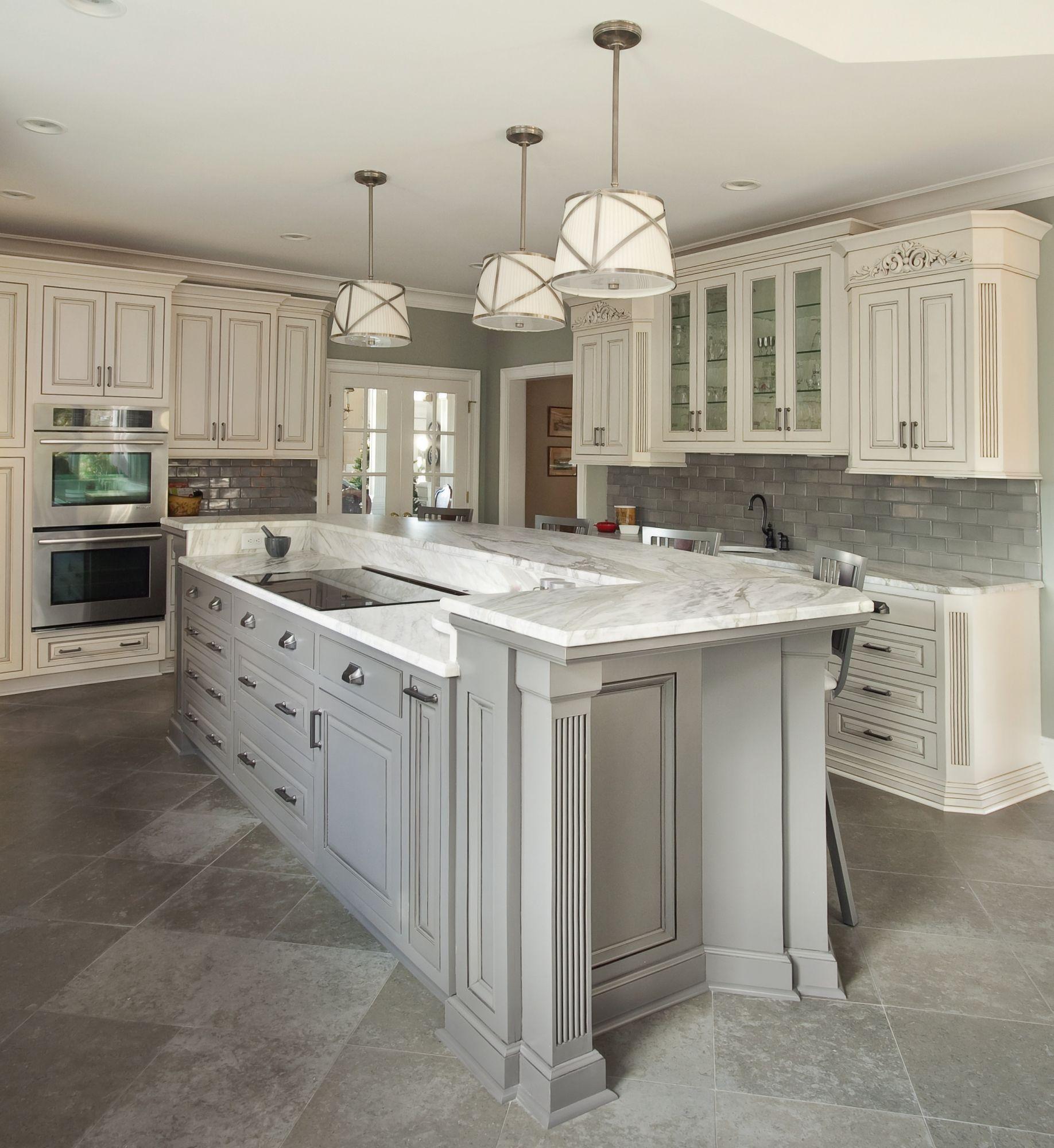 Gray Galley Kitchen: Plantation #kitchen With Grey Island & Tile Backsplash