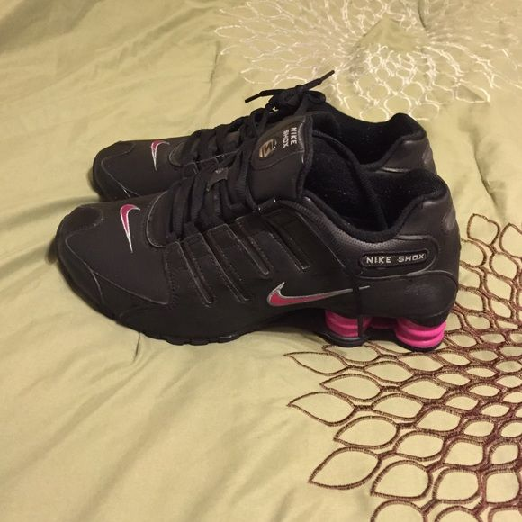 Black and Pink Womens Nike Shox size 10