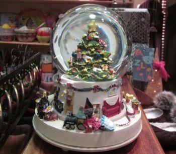 Bola de nieve musical esferas de cristal pinterest - Bola nieve cristal ...