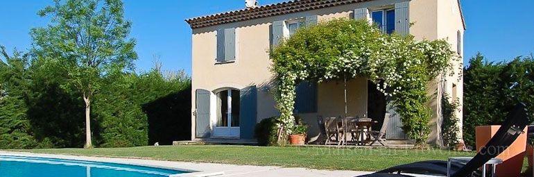 The Villa Of The Holiday Rental Villa At Aubignan