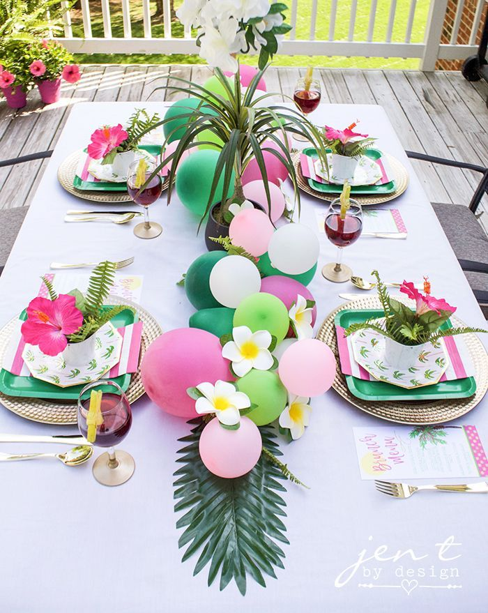 Tropical Bridal Shower Idea: Palm Trees and Paradise Bridal Brunch - #Bridal #Brunch #idea #Palm #Paradise #Shower #showerideas #Trees #tropical #bridalshowerdecorations