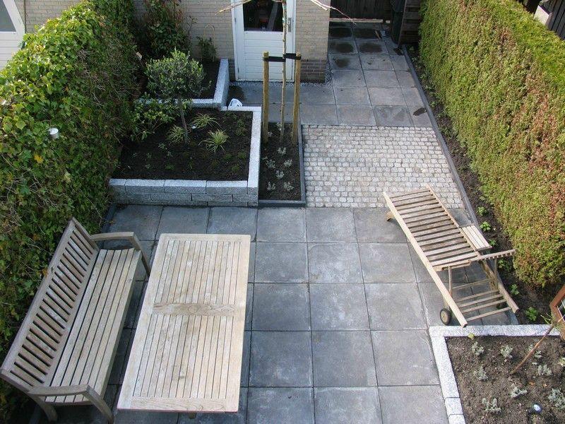 Kleine tuin met verhoging van granietbanden tuin bellefleur pinterest gardens tuin and - Kleine designtuin ...