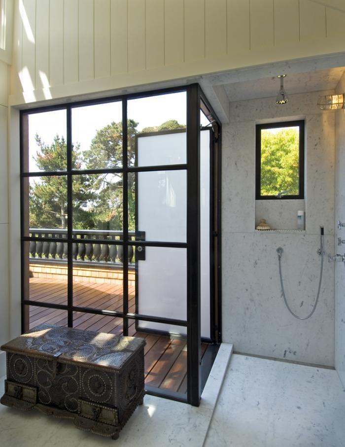 Indoor Outdoor Shower malcolm davis architecture indoor-outdoor shower: remodelista