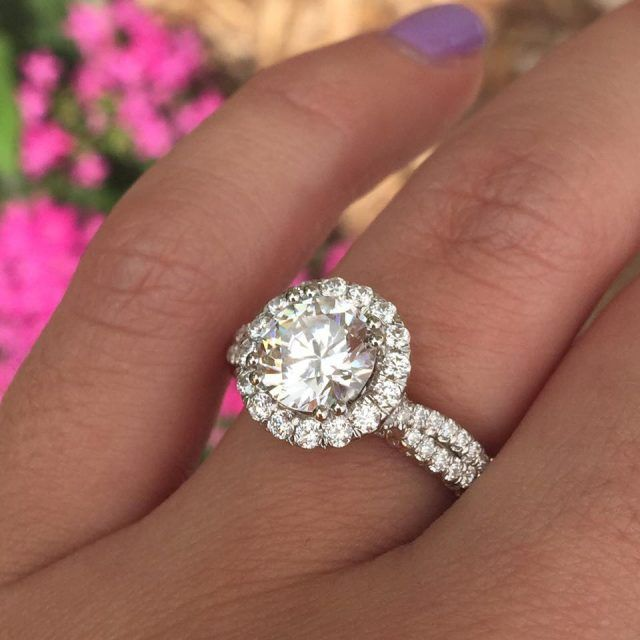 How to Finance Engagement Ring Designs by Verragio Engagement ring