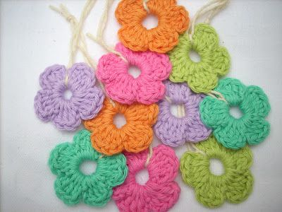 Scraponique: Easy Peasy Flower Pattern.