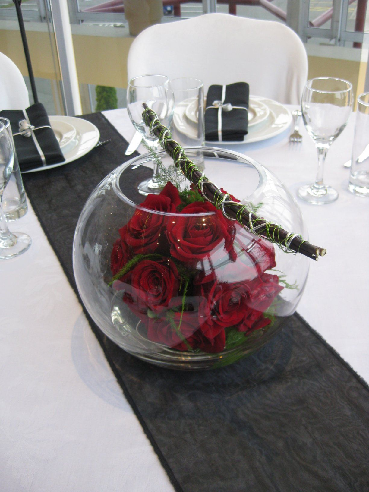Cool Fish Bowl Wedding Centerpieces Diy With Seats Red Wedding
