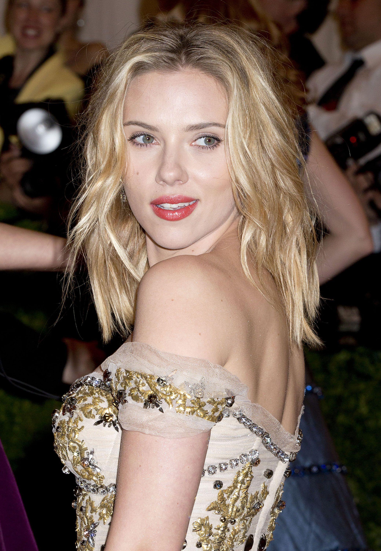 Scarlett Johansson Nude Photos Discovered