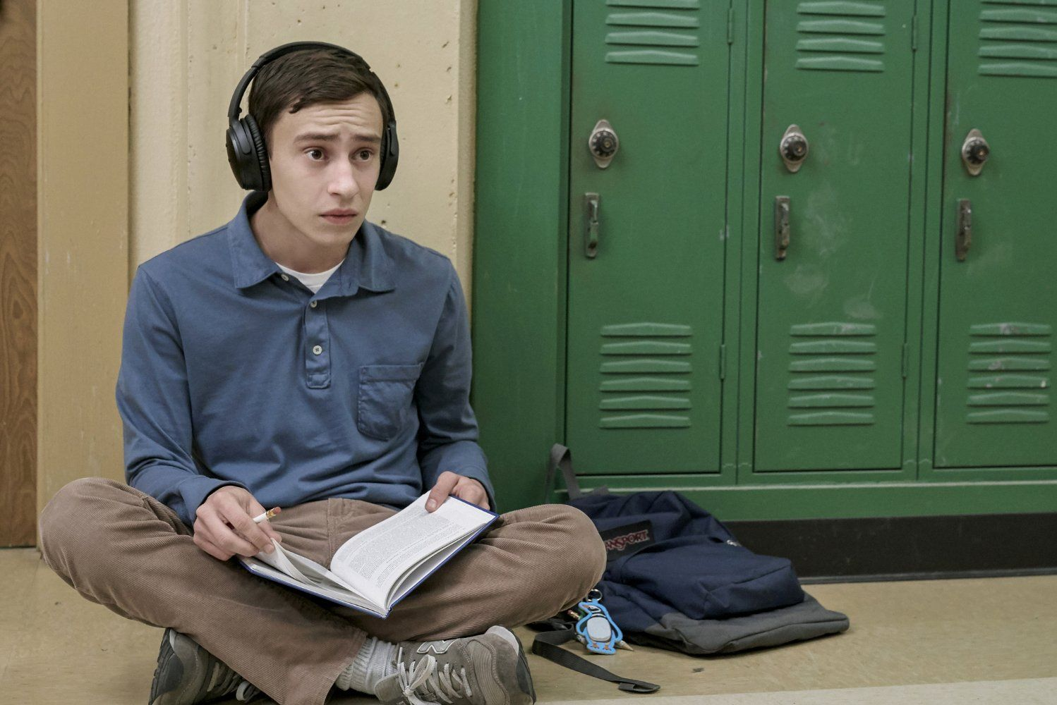 Keir Gilchrist as Sam Gardner in Atypical (2017) Serie