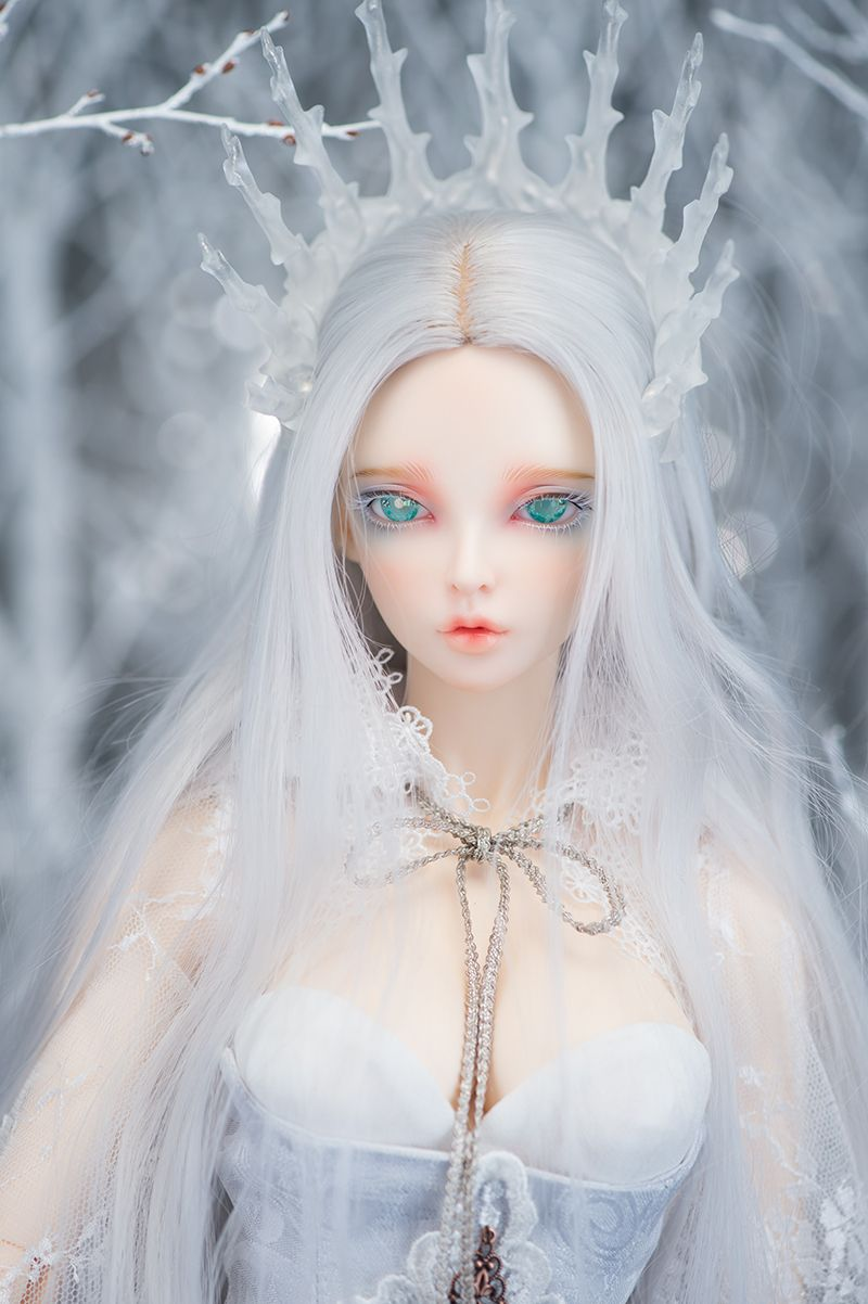 Fairyland ball joint doll shopping mall scary dolls